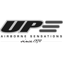 Das Bild zeigt das Logo der Firma UP. Die Firma stellt Ausrüstung zum Gleitschirmfliegen her.
