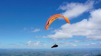 EN-D CCC Wettkampfschirm Gin Gliders Boomerang 11 Gleitschirm Streckenflug mit Liegegurtzeug