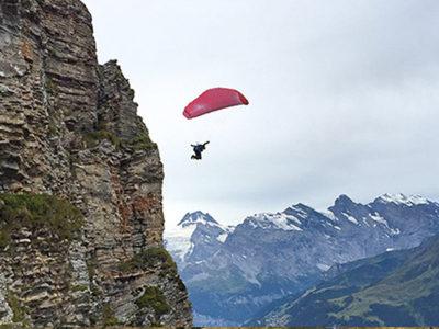 Swing Mirage RS in den Alpen während des Fluges